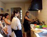 P5192305 dans la cuisine