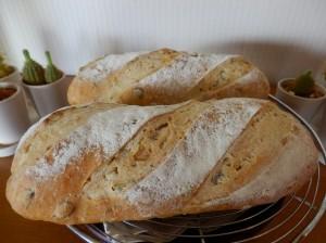 PB070691  pain de maison