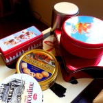 クリスマス用のビスケット缶