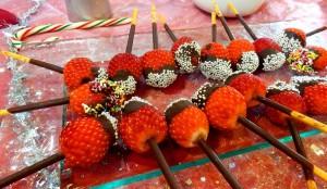 PC050939  Brochettes de fraises au chocolat